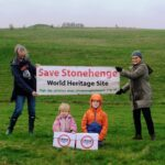 Send off of Stonehenge Alliance petition from three generations